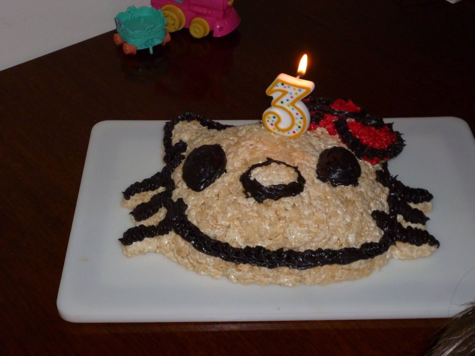 The Rhialist The Hello Kitty Birthday Cake Tips Amp Ideas