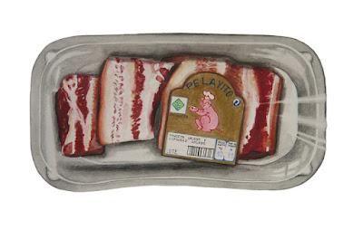 barquette avec l'étiquette d'un cochon montrant un plat contenant une tranche de porc