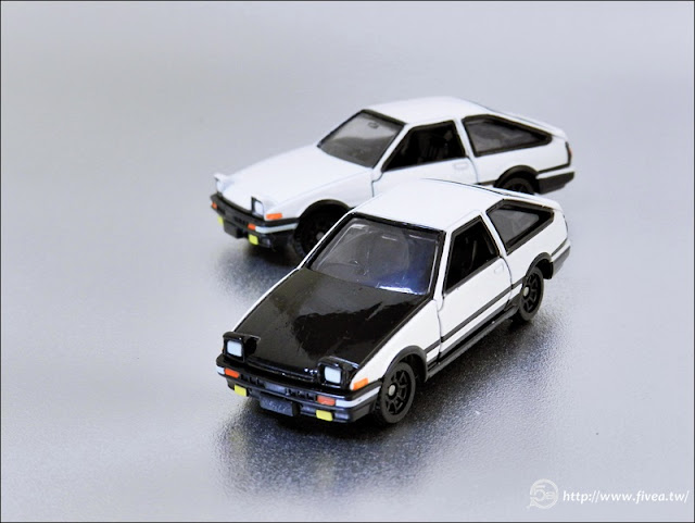 TOMICA  AE86