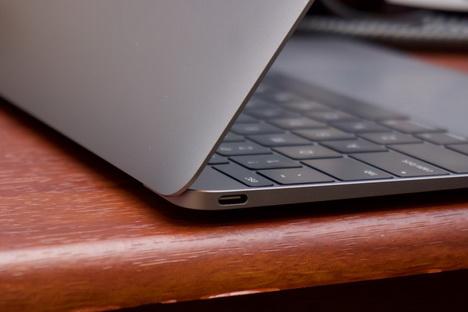 Spesifikasi dan Harga MacBook 2016