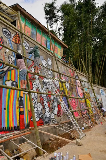Tamawan Village Making of a Graffitti Mural Baguio City Philippines 32