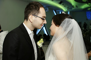 Korean wedding kiss