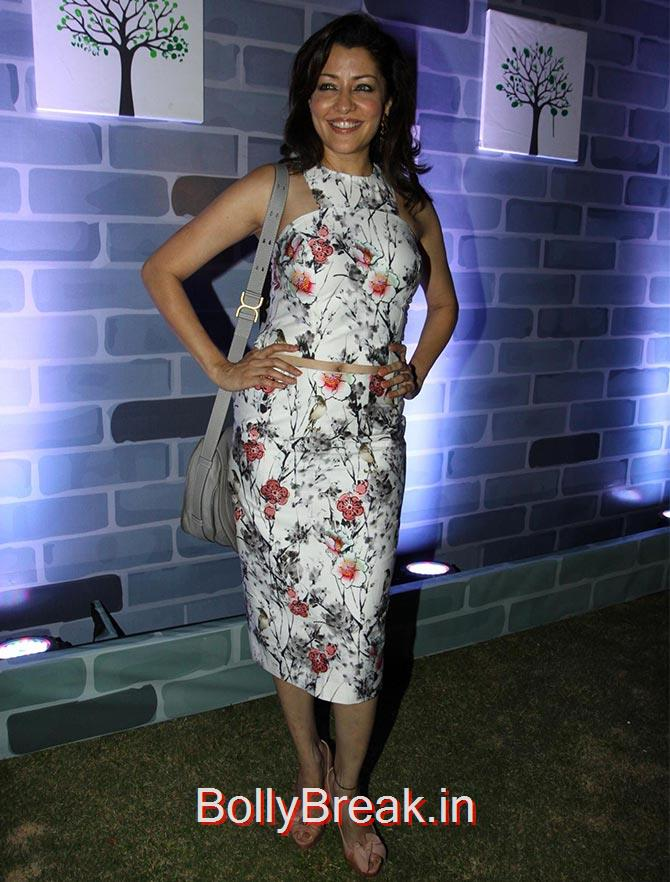 , Yami Gautam Gauhar Khan Hot pics at a fashion show