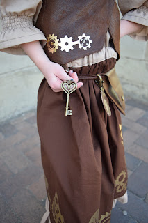 little girl DIY steampunk costume