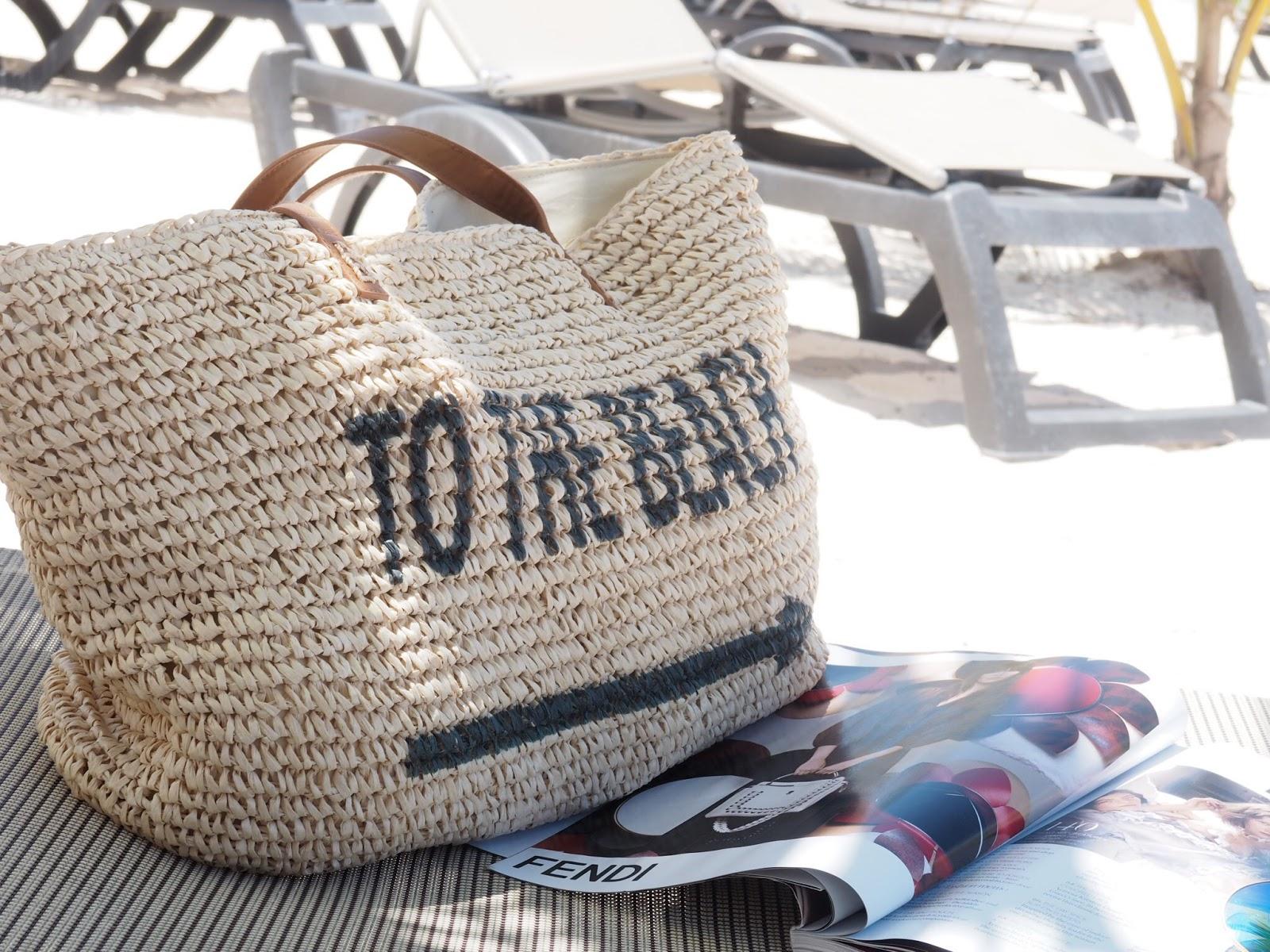Nordstrom beach bag, www.jadore-fashionc.com
