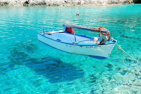 boat-cristina-450