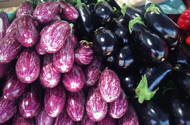 Aubergines - vegetables - Lemon Tree Market, Guardamar del Segura