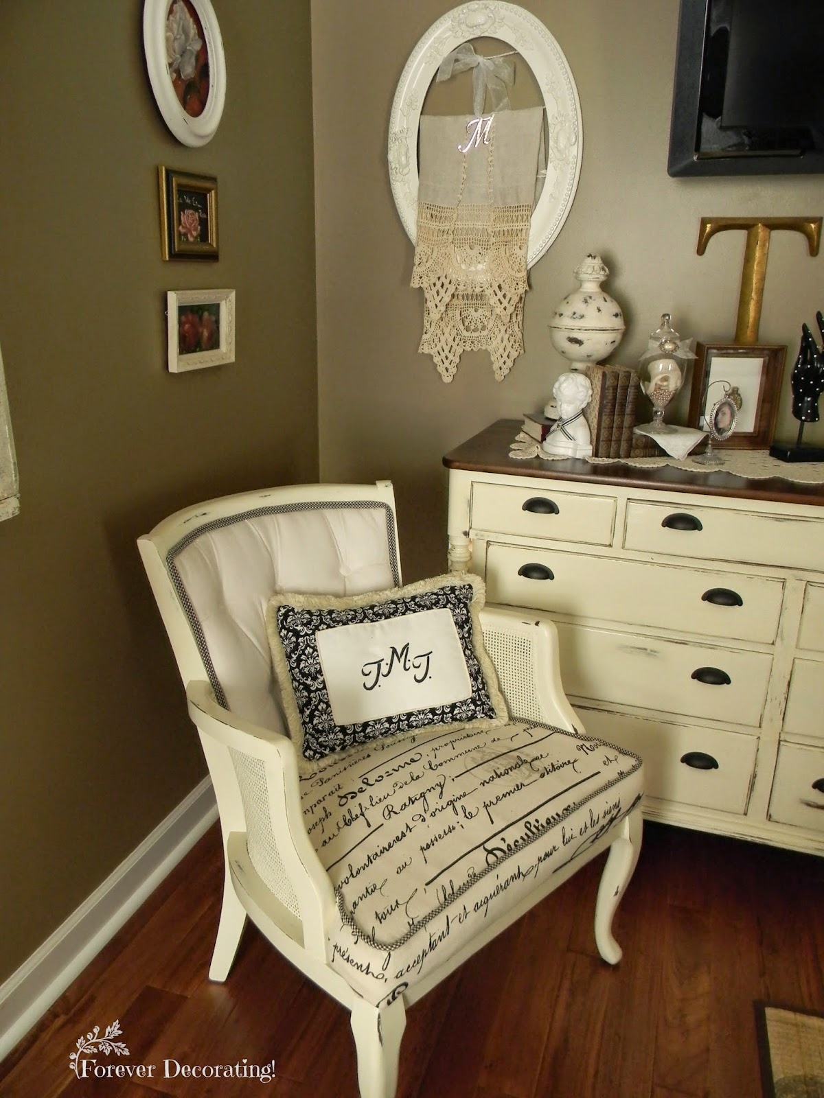 Forever Decorating!: Another Painted Fabric Chair
