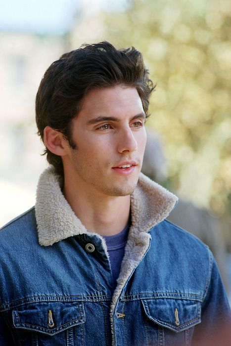 Looks Good From The Back: Cute Boy Friday: Milo Ventimiglia