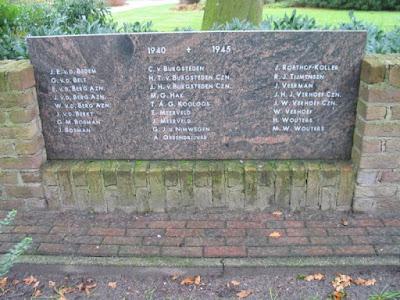 Monument voor omgekomen burgerslachtoffers Achterveld