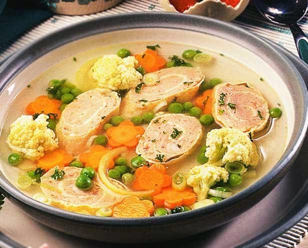 Resep sup sayur, cara membuat sup sayur telur gulung, sup sayur spesial
