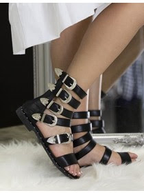 https://www.manzara.it/scarpe/sandali/sandali-sondra-neri