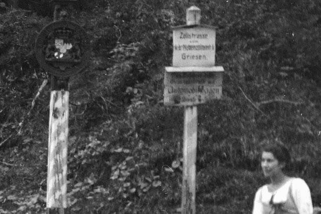 Detail - Familienfoto am Grenzübergang Griesen - Königreich Bayern - Österreich-Ungarn - vermutlich vor 1918