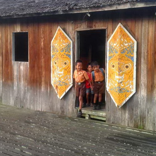 Tinuku Travel Saham Radakng or Betang longhouse is one of rare Dayak tribe communal house still in use today