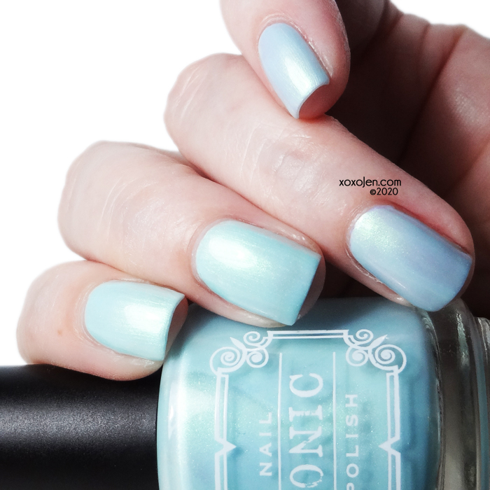 xoxoJen's swatch of Tonic Waterlily