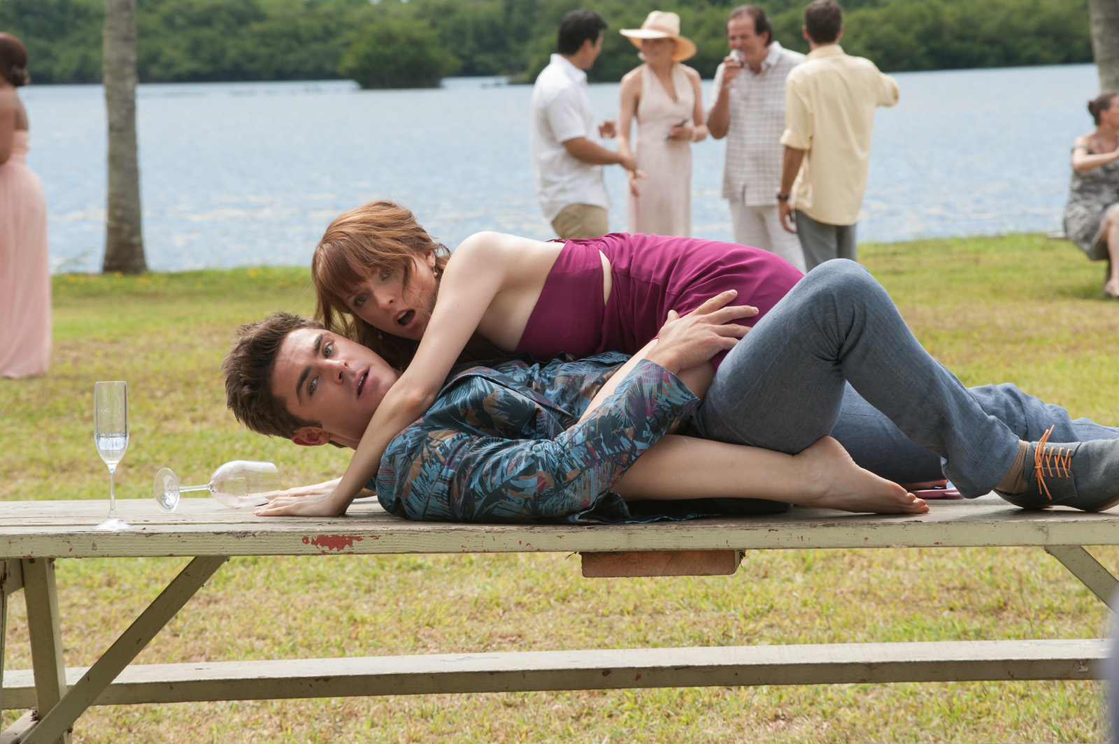 """Manila Life: Anna Kendrick and Zac Efron in R-rated comedy """"MIKE ..."""