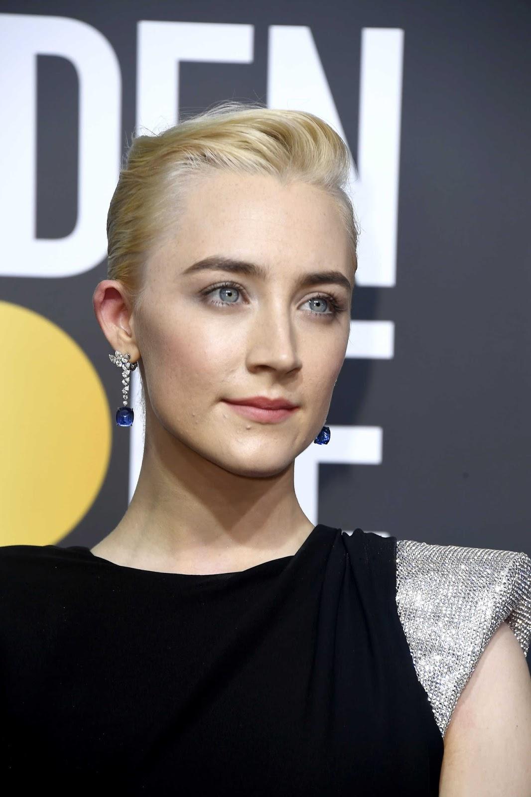 Saoirse Ronan Posing at  Golden Globe Awards
