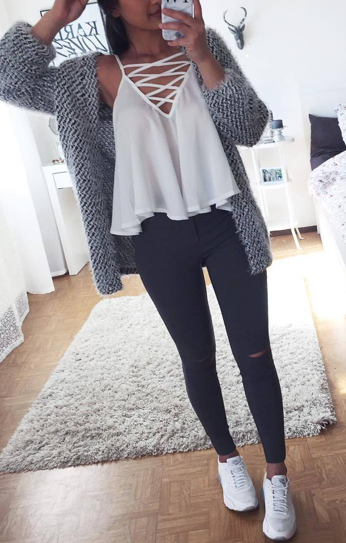 casual style perfection_cardigan + skinny jeans + white lace up top + sneakers