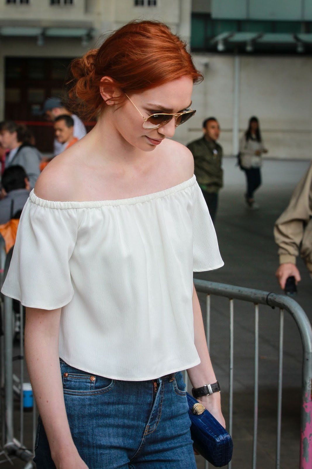 Full 4K Photos of 'Poldark' actress Eleanor Tomlinson at BBC Radio one Studios in London