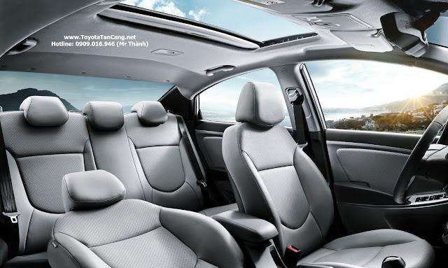 hyundai accent cua so troi%2Bcopy - Trong tay 600 triệu nên mua Toyota Vios hay Hyundai Accent ? - Muaxegiatot.vn