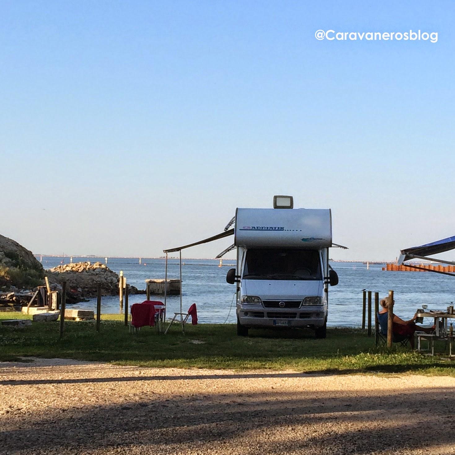 Alquilar autocaravana en Italia. Camping Fusina. Venecia | caravaneros.com