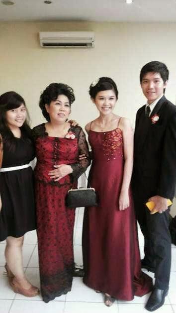 Sewa Gaun Pesta Gaun Mama Pengantin Dan Gaun Keluarga Inti Nuansa