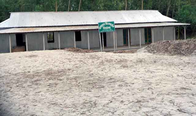 শিক্ষার হালচাল-২: বকশীগঞ্জে উচ্চ মাধ্যমিক পযার্য়েও শিক্ষার বেহাল দশা