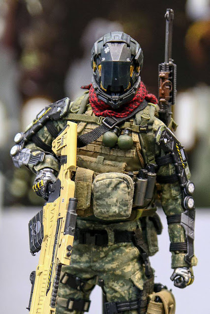 "osw.zone Jackal X first figure series is based on the combination of science fiction.  Check out Jackal X 1 / 6. scale ""Ophiuchus: Dawn of Humanoid"" Sergeant John Reese and Corporal Joel Hagan 12-inch collector figures"