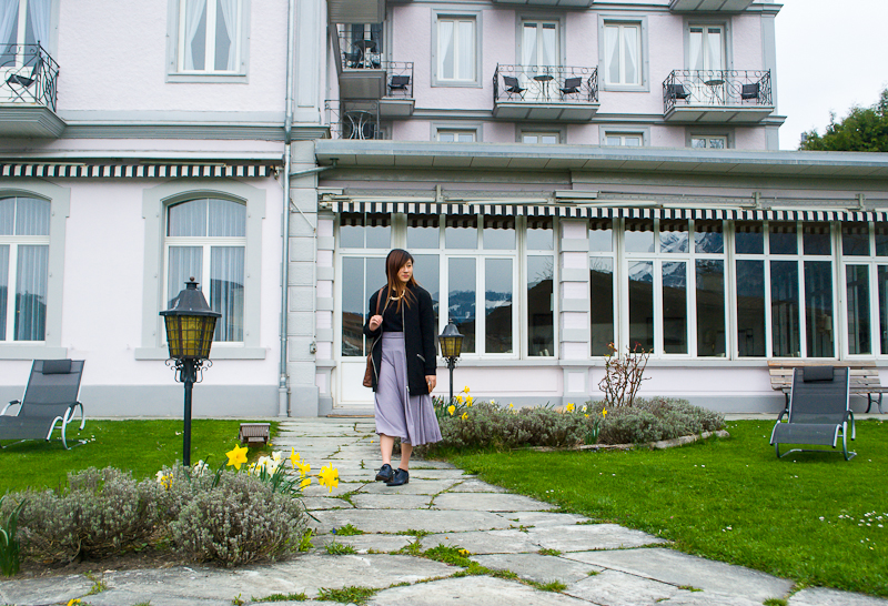 Hotel Bellevue garden in interlaken switerland and my outfit of the day