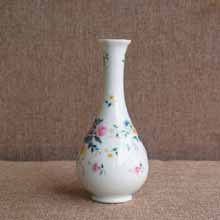 Ceramic Decorative Bud Vase in Port Harcourt, Nigeria