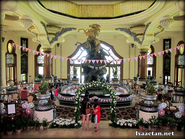 Palace of the golden horses afternoon tea party isaactan - Palace of the golden horses swimming pool ...