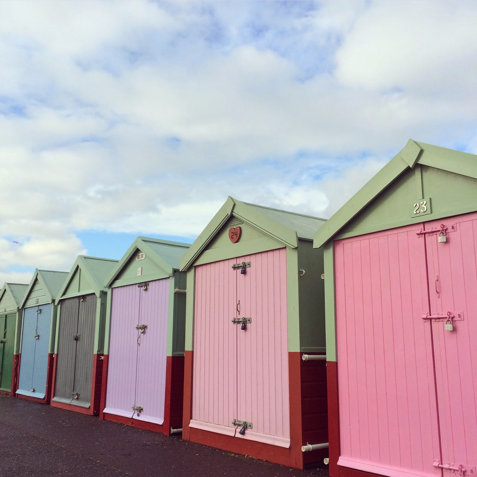 A Day Out In Brighton Pink Beach Huts Skies And An Amazing Roast
