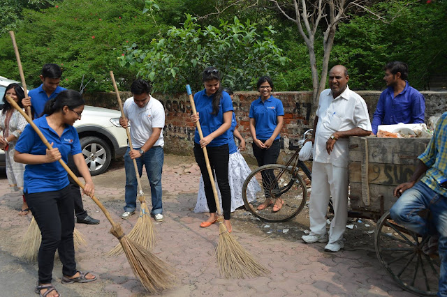 Noida Diary: Cleanliness Drive in Noida by Healthskool