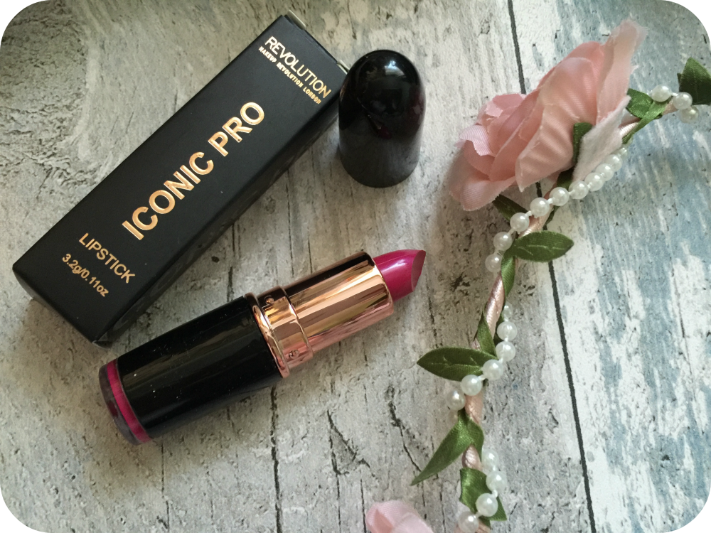 makeup revolution iconic pro lipstick make it in the city