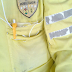 Amarelinhos da STTU reclamam de uniforme que mais parece um farrapo