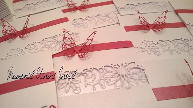 alice Le partecipazioni di Alice e MauroColore Bianco Colore Fucsia Partecipazioni intagliate Tema Farfalle
