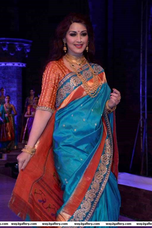 Sonali Bendre turned showstopper for Make in India fashion show