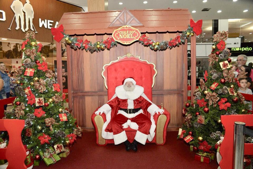 Papai Noel chegou ao North Shopping e passar a atender diariamente a criançada