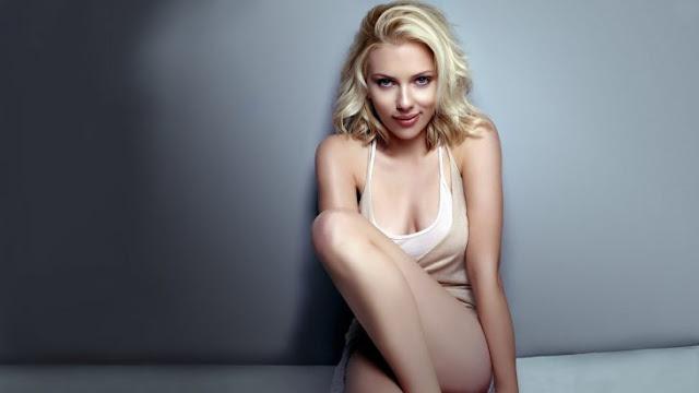 Fan burla toda seguridad y se cuela a una base militar en Turquía para ver a Scarlett Johansson