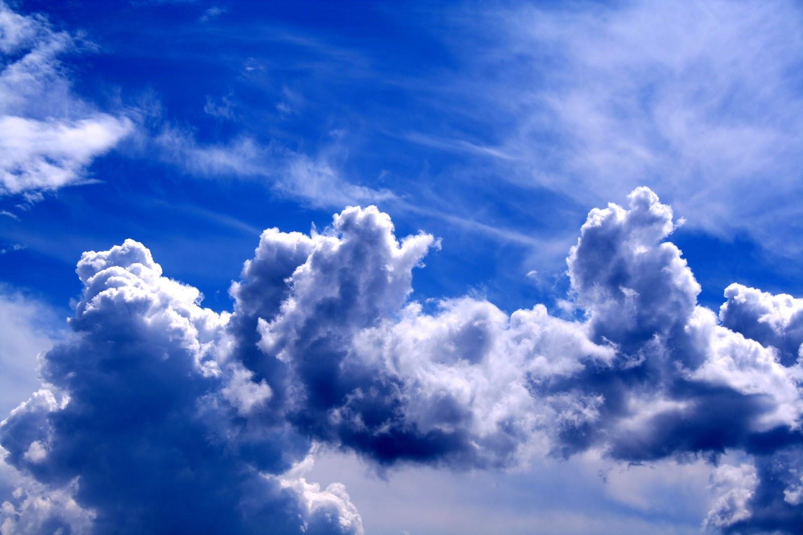 Fotos E Imagenes: Cielo Azul Con Nubes