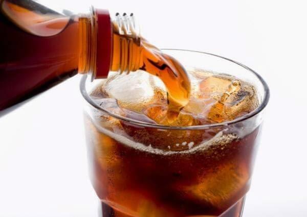 10 Alasan untuk Tidak Meminum Softdrink