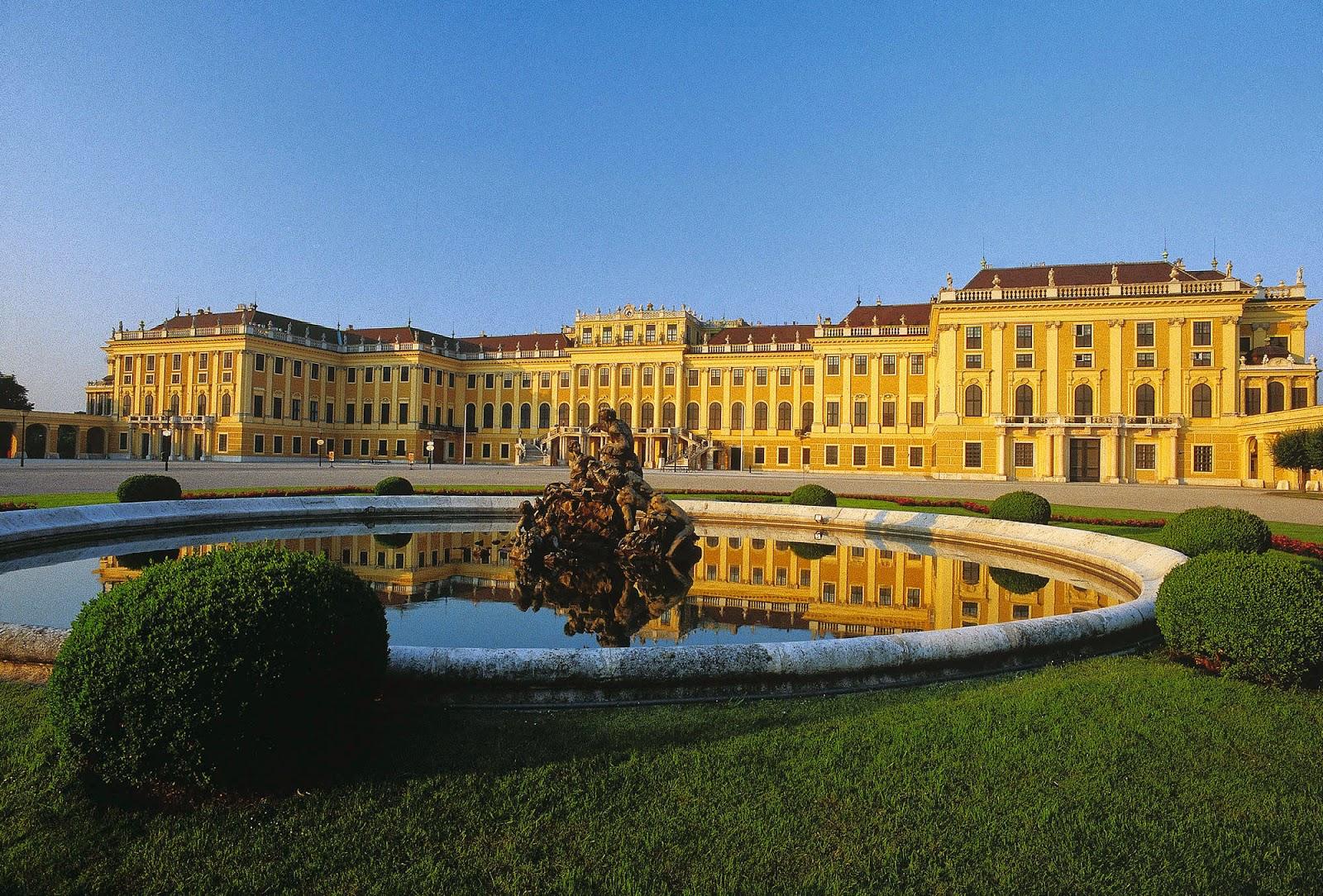 [Resim: schonbrunn-palace-fountain-vienna.jpg]