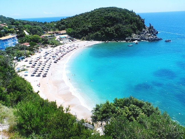 Sarakiniko beach Parga.Most beautiful Greek beaches.Sarakiniko plaza u Pargi.Greek beach with turquoise waters.Must-see in Parga.