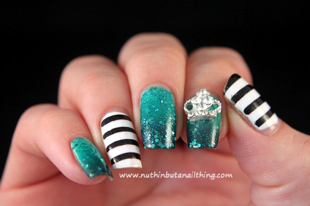 stripe nail art gradient regal