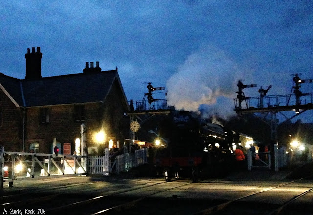 The-Flying-Scotsman-Grosmont-Station-NYMR-night