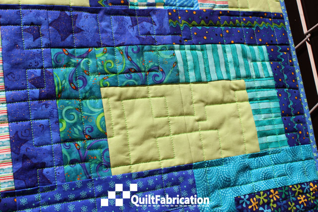 Kona Green Tea in Open Sesame quilt