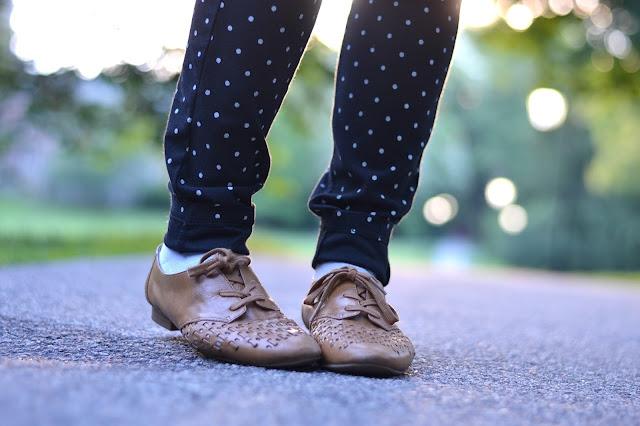 brown leather oxfords, polkadot pants