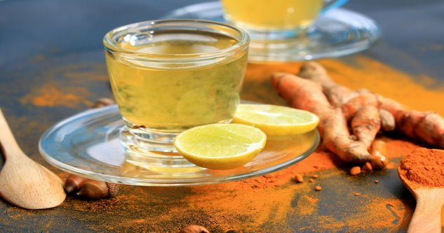 lemon water with turmeric