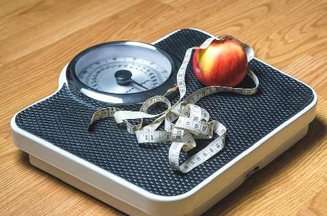 Pentingnya Menimbang Berat Badan Setiap Hari Untuk Mencegah Obesitas