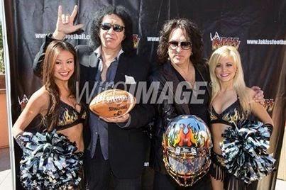 Lynhthy Nguyen + Gene Simmons + Paul Stanley+ LA +KISS